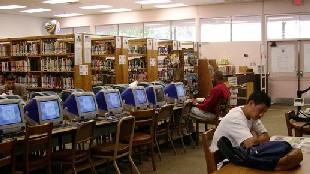 Un 'software' decide qué libros quitar en las bibliotecas de Estados Unidos